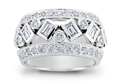 Round Brilliant and Baguette Diamond Ring